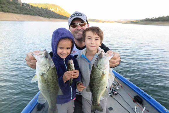 Claves para que tus hijos sigan tus pasos como pescador